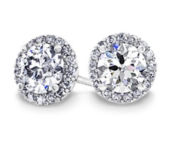 halo-diamond-earrings-platinum-1.5-ctw-details