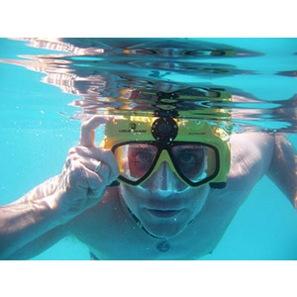 video_swim_mask_man