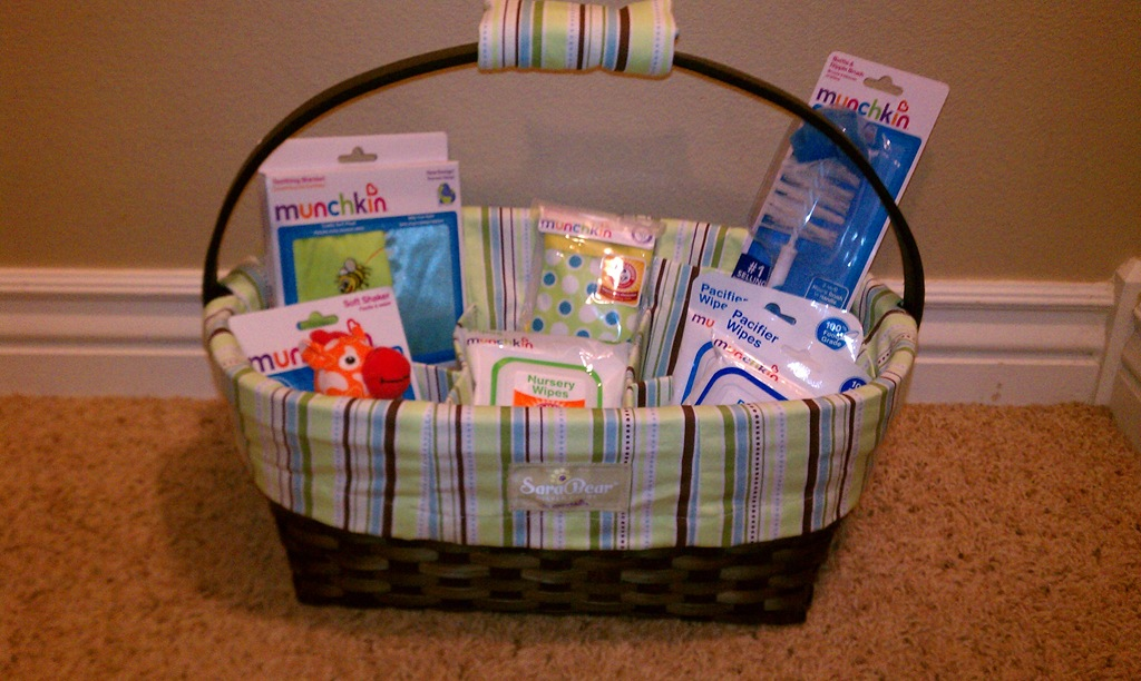 Bragging Baby Shower Munchkin Sarabear Diaper Caddy Review And Giveaway