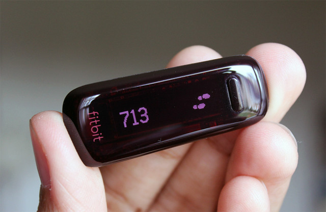 Fitbit one wireless activity and sleep tracker review