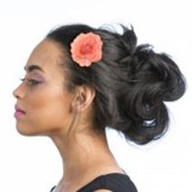 emmy-embroidered-flower-clip-rheanna
