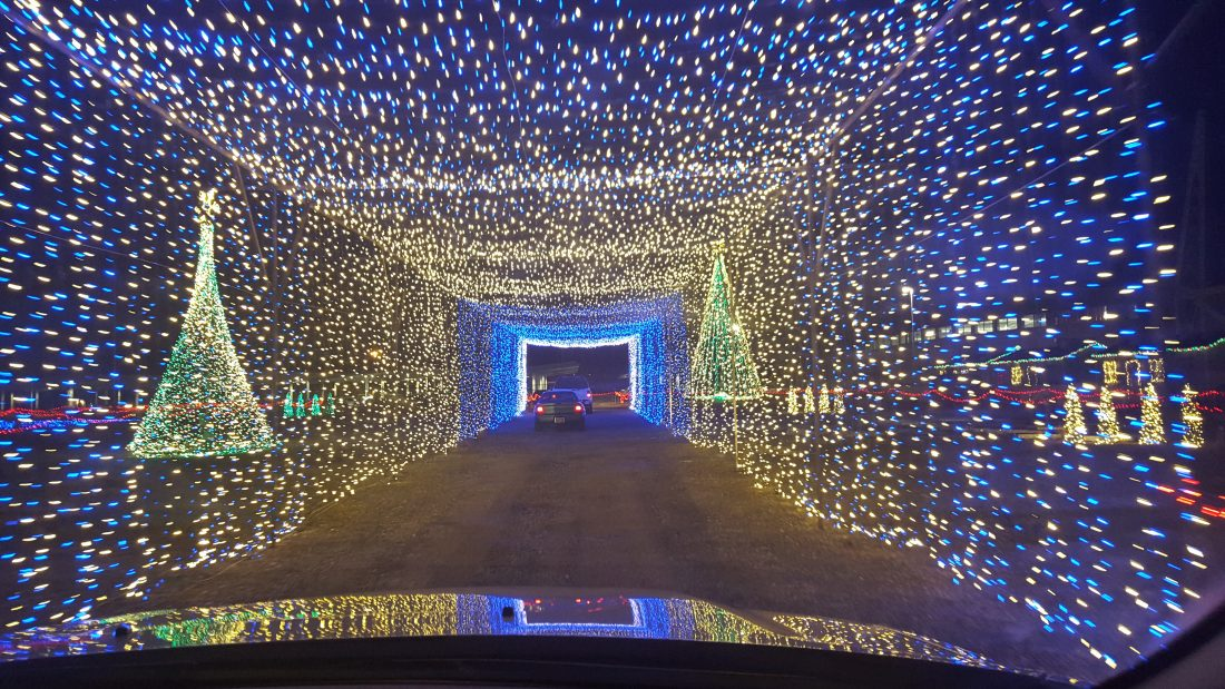 Brag Worthy Christmas} Christmas in Color Drive Through Lights Now ...