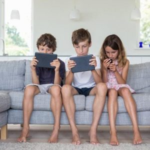 How to Manage Your Child's Smartphone Usage
