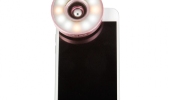 {Brag Worthy Christmas} Perfect Selfie Every time with the GloLens Selfie Light~Review