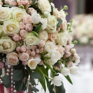 3 Advantages Of Using Artificial Flowers For Your Big Day