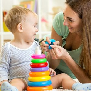 5 things every mom should know before hiring a babysitter
