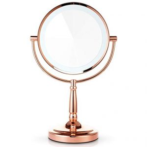 What to Look For When Buying a Makeup Mirror: 3 Helpful Tips